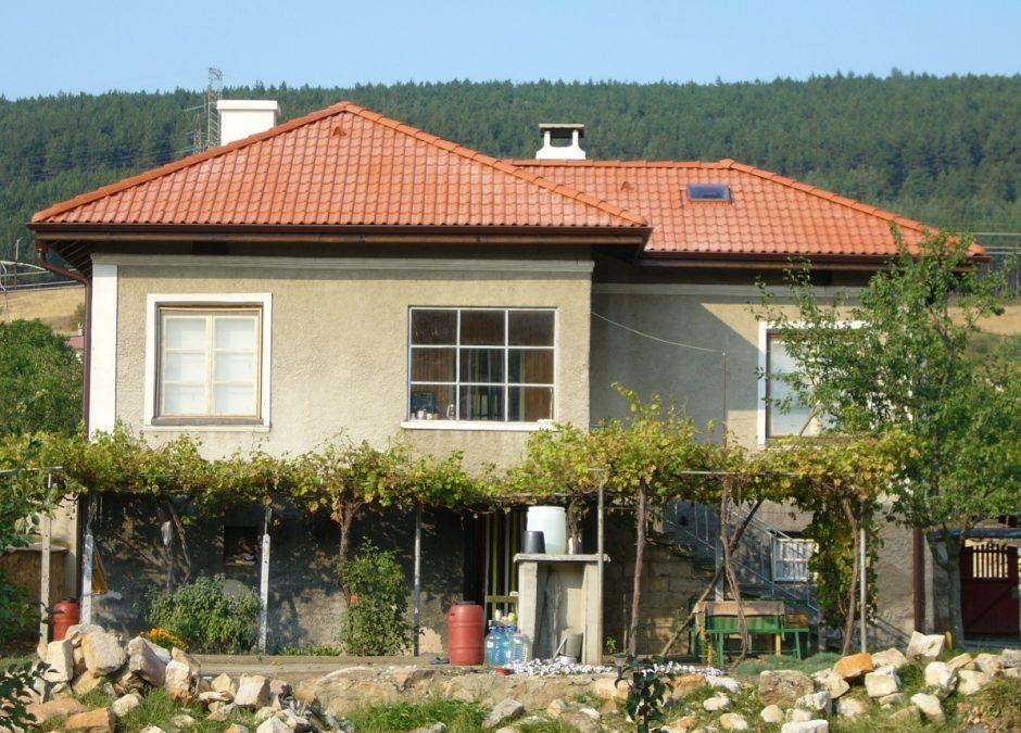 Ремонт на покрив с.Саранци